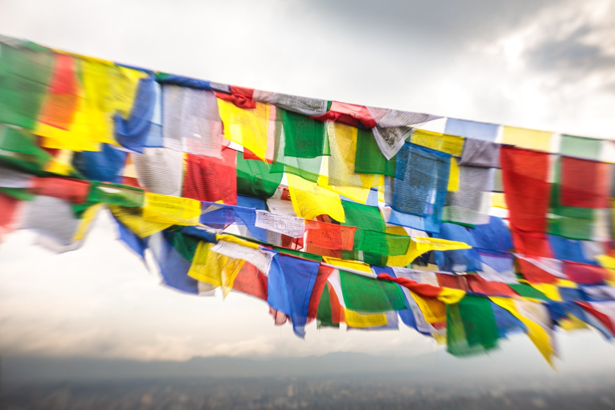 prayer flags, lomography, petzval, 58mm, Canon EOS 5D Mk4